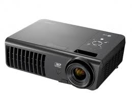 Projector portable, DLP, SVGA, 2700 ANSI, 2100:1, 3D ready, 1.9kg, bag